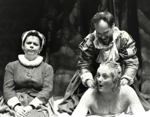 Angela Curran, Bob Mason, Gillian Hanna 'Elizabeth'. Photo by Michael Le Poer Trench