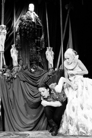 Hamlet (1987). Frances de la Tour, Judy Lloyd. Photo by Donald Cooper, www.photostage.co.uk