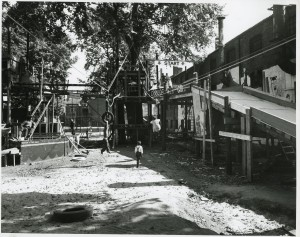 Adventure playground in Spitalfields. Image courtesy of the Tower Hamlets Local History Library and Archives.
