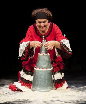 Tam Tam Theatre - Marleen Vermulen in Circles in the Sand